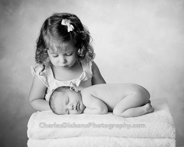 Aubrey_James_Newborn_Portraits-1043